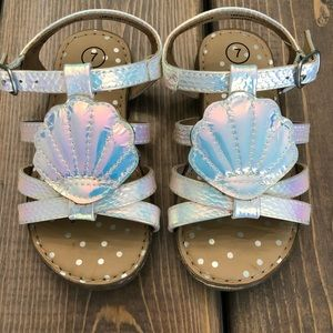 Shoes - Metallic Silver Sea Shell Sandals